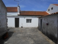 Main house with 5 annexes and + 2.000 m2