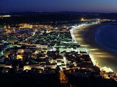 Nazare is een leuk vissersdorp aan de Zilverkust in Portugal